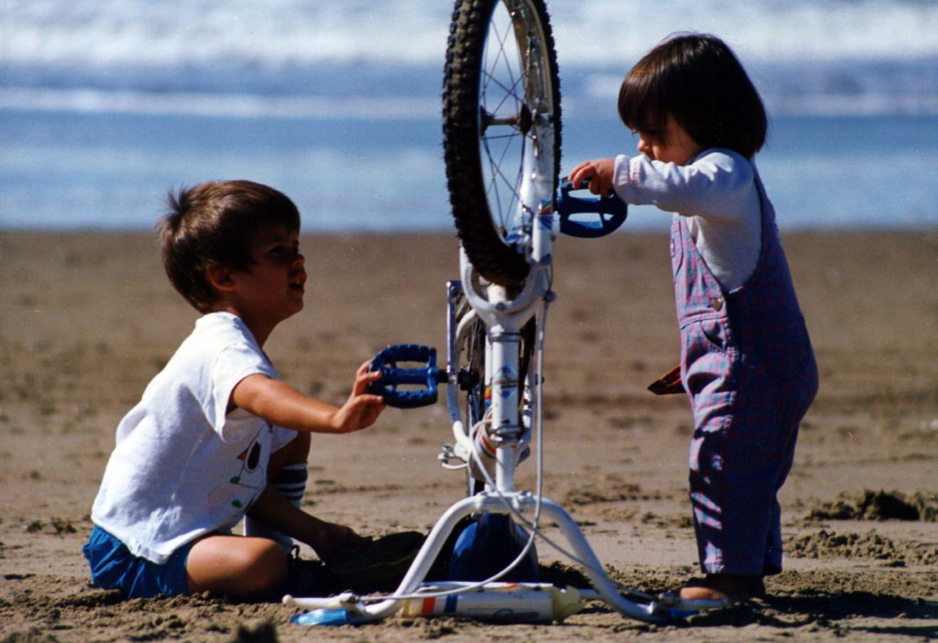 hermanos-bici